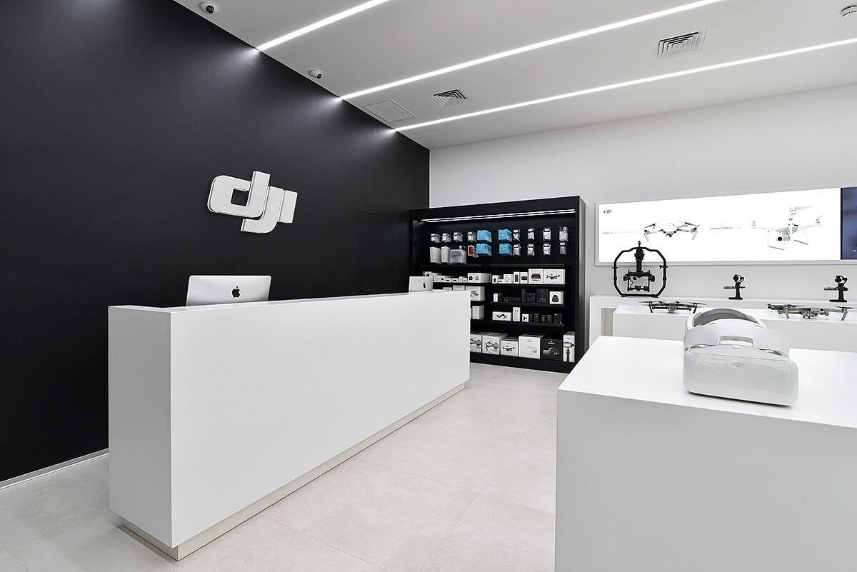 Ristrutturazione punto vendita DJI Milano City Life  FacileRistrutturareit
