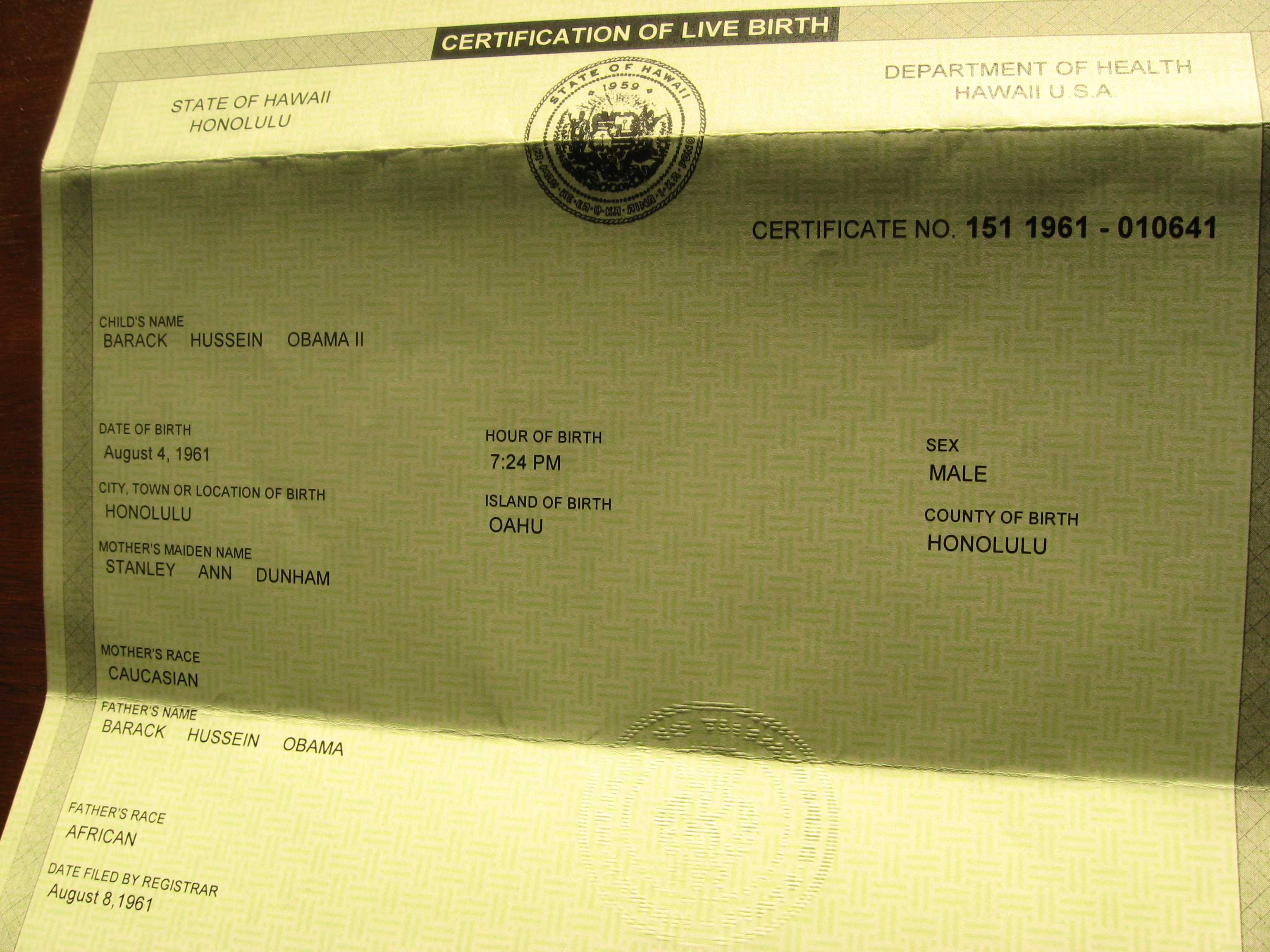 Barack Obamas birth certificate, showing the states stamp of authenticity, from FactCheck.org