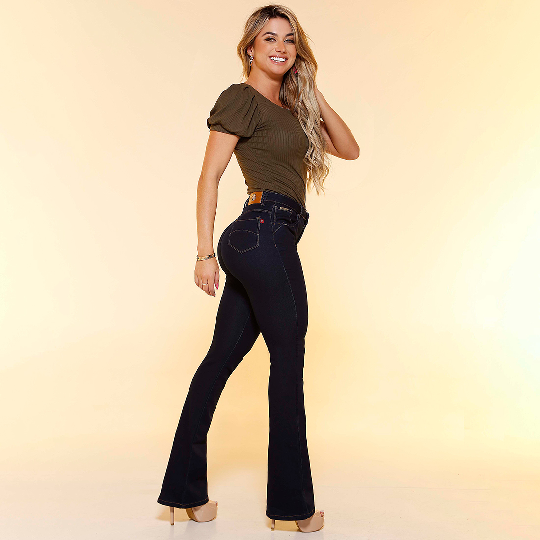04569-FLARE-JEANS-1