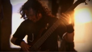 overthrowing-videoclip-03