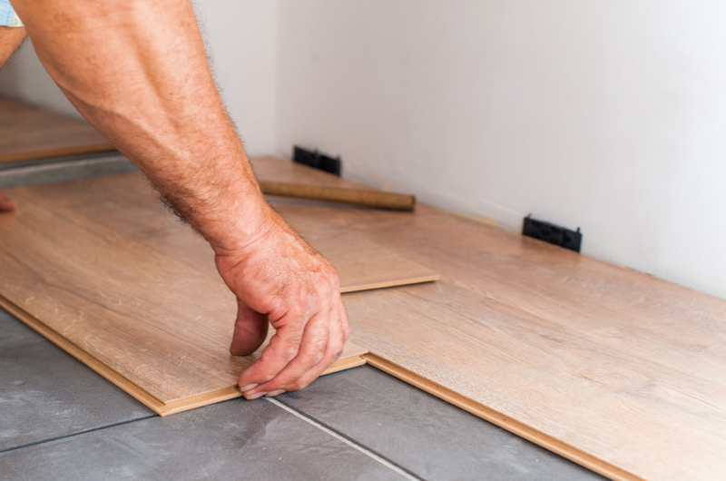 how to lay click lvt flooring a step