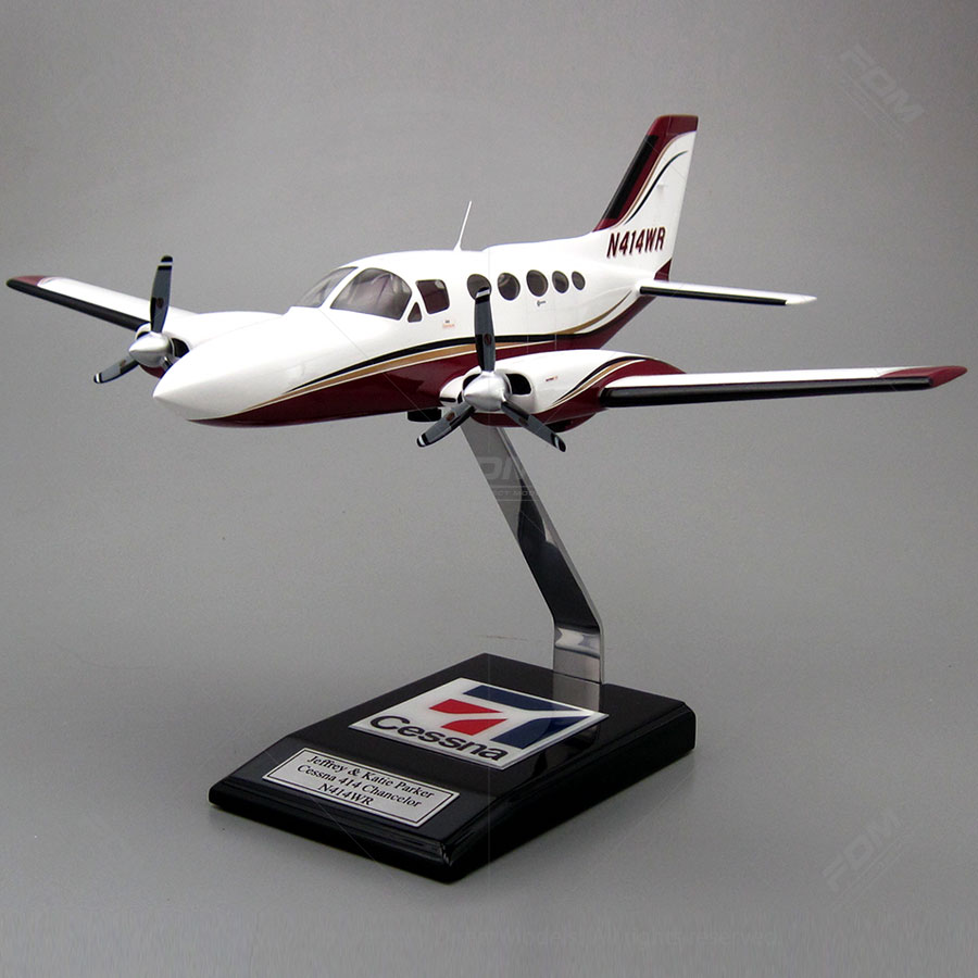 Cessna 414 Model with Detailed Interior
