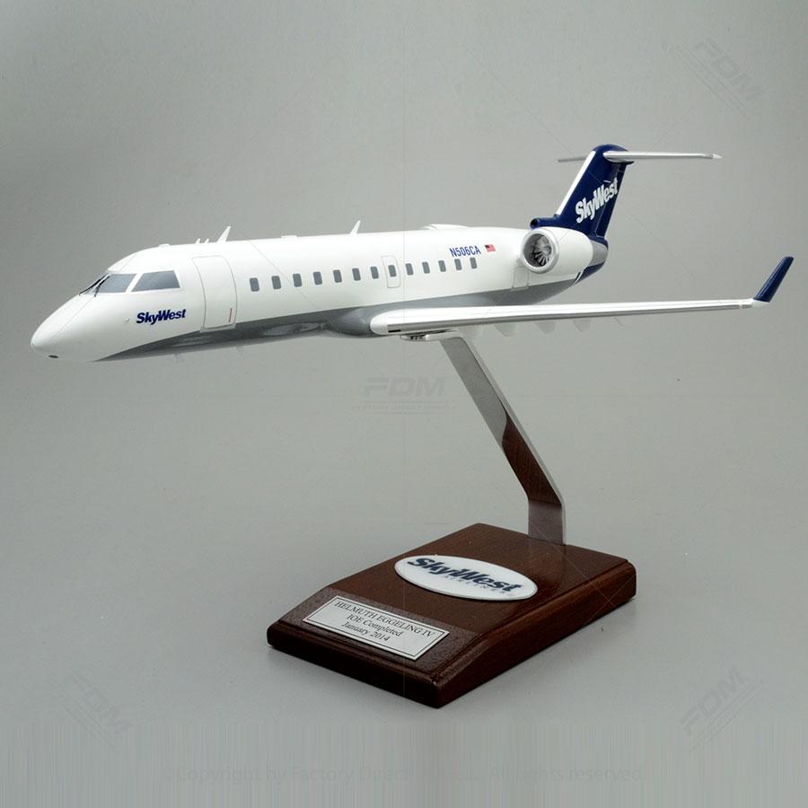 Bombardier CRJ200 SkyWest Airlines Model