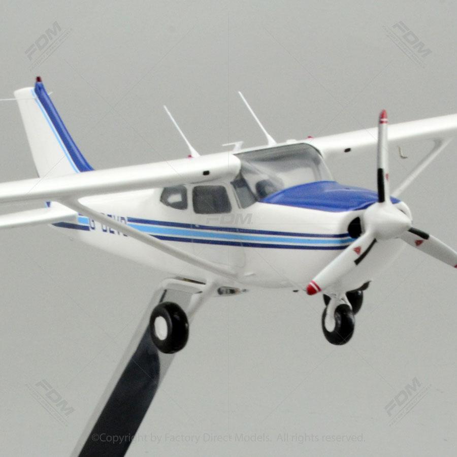 Cessna 172 Skyhawk Reims Rocket Aircraft model  Factory