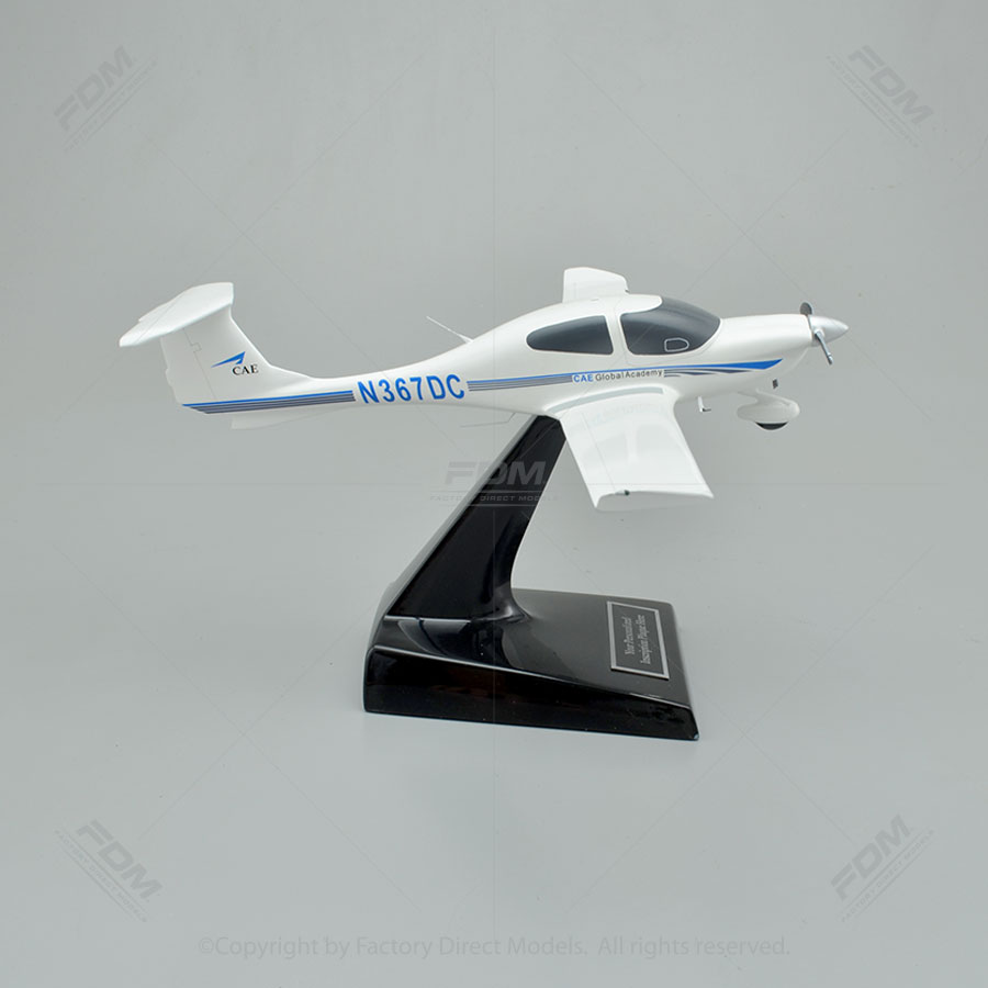 Diamond DA40 Star Model Airplane  Factory Direct Models