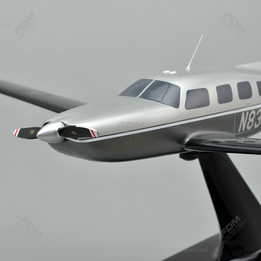 Piper PA46350P Custom Model Plane  Factory Direct Models