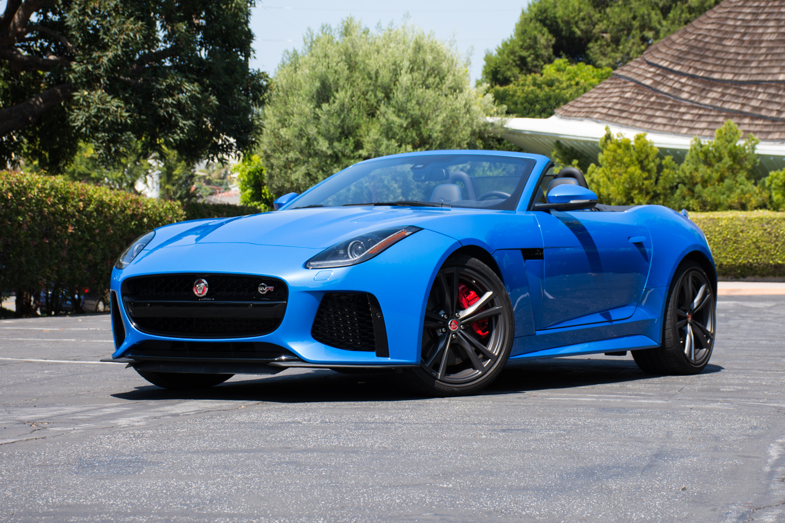 https://i0.wp.com/www.factorytwofour.com/wp-content/uploads/2017/07/2017-Jaguar-F-Type-SVR-Convertible.jpg