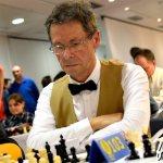 2016-bali-216-ajedrez-035