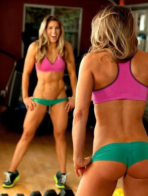 hot girls who lift weights 90 photos of fitness chicks