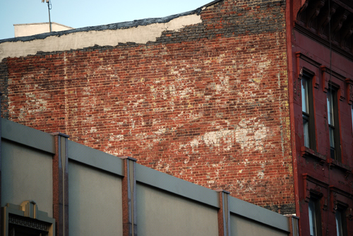 Goetz - Fulton Street - Bed-Stuy, Brooklyn - © Frank H. Jump