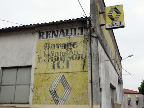 Renault auto garage castelnaud de gratecambe fr for Garage ad chateau renault