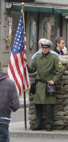zz-kiosk-berlin-checkpoint-charlie-3