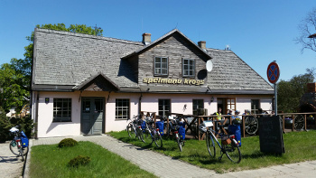 zz-radreisen-wama-tour-2016-pause-im-restaurant-in-lettland