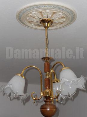 Come si applica un rosone per il lampadario
