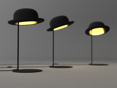 Dal cappello a cilindro spunta una lampada