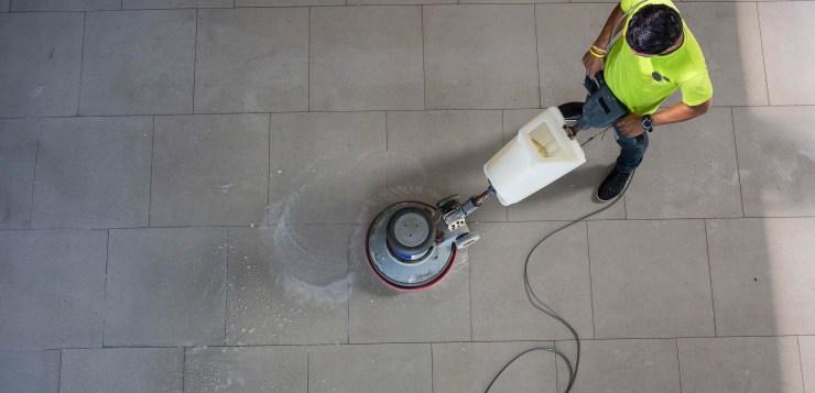 Monobrosse, brosse de nettoyage professionnel mécanisée et incontournable.