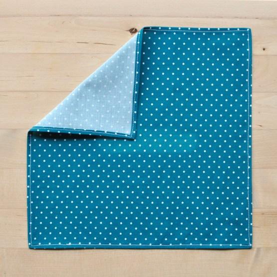 Fair - mouchoir bleu à pois en popeline
