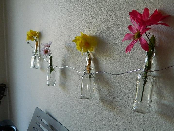 Mini Flower Vase Garland