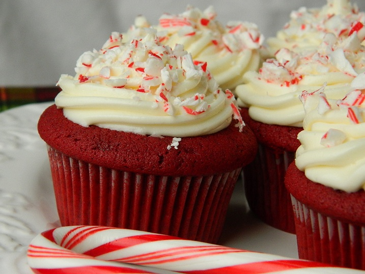 Red Velvet Cupcakes with Peppermint Cream Cheese Frosting