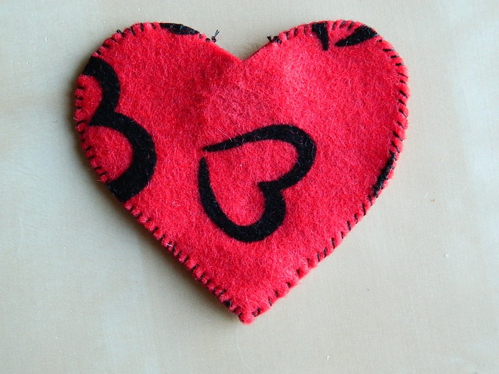 Tattooed Martha - Catnip Heart Toy (9)