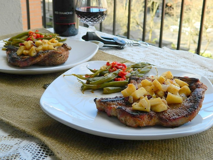 Spiced Pork Chops with Cranberry Apple Chutney