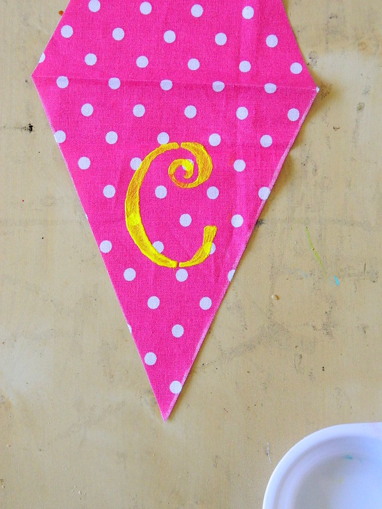 Tattooed Martha - No-Sew Scrap Fabric Banner (4)