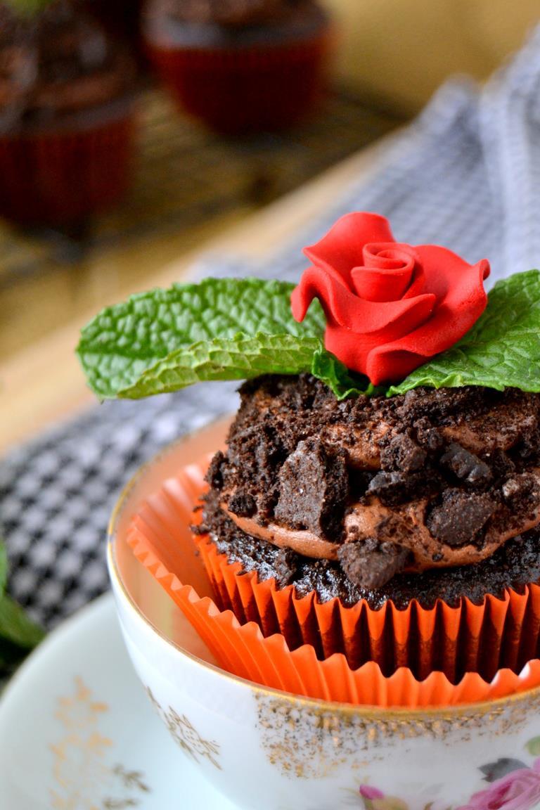 Tattooed Martha - Chocolate Potted Mint Cupcakes (10)