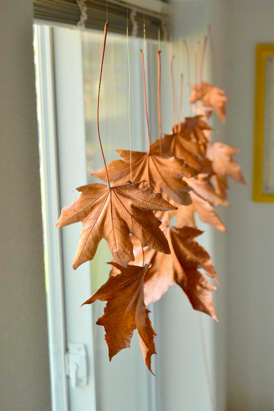 Floating Fall Leaves Garland