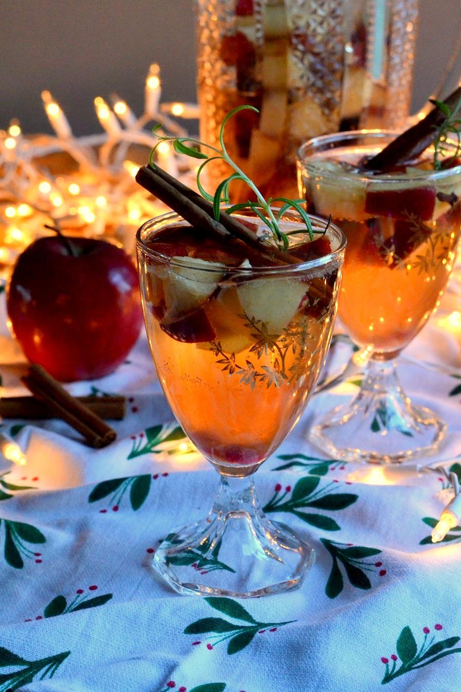 Winter Apple Sangria