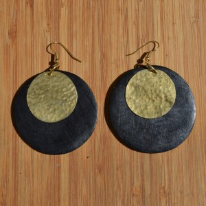 Fair Trade Black wood disc + brass circle earrings JEMW1