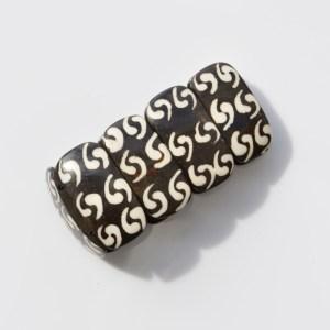 Fair Trade Bone batiked chunky bracelet – cashew JBB011b