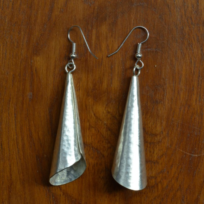 Fair Trade Silver plate large horn earrings JEMS28