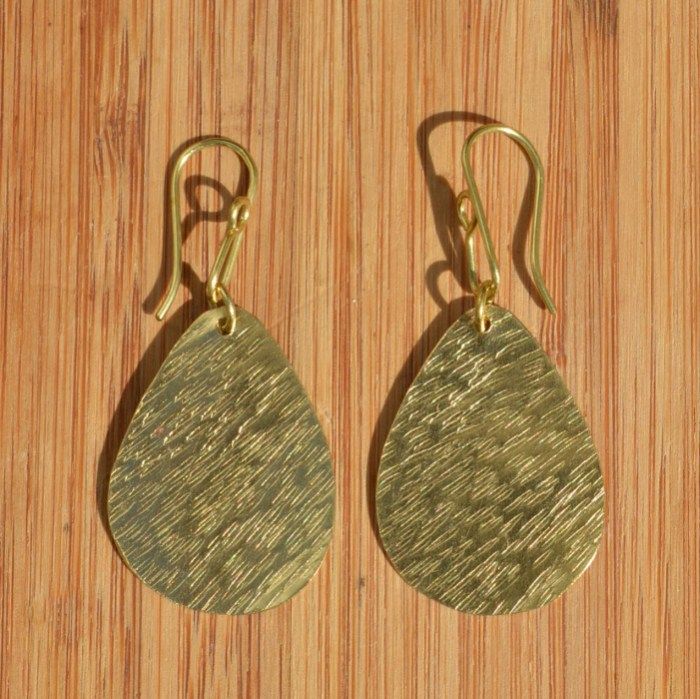 Fair Trade Brass teardrop earrings JEMB40