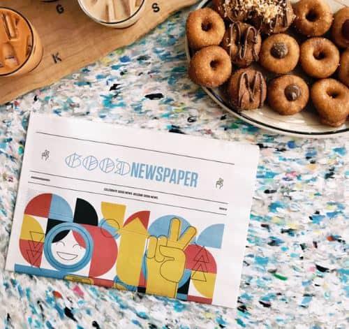 Zeitschrift und Kekse