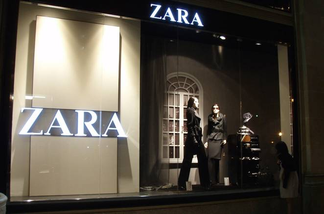 Zara_window_shopping.jpg.662x0_q70_crop-scale