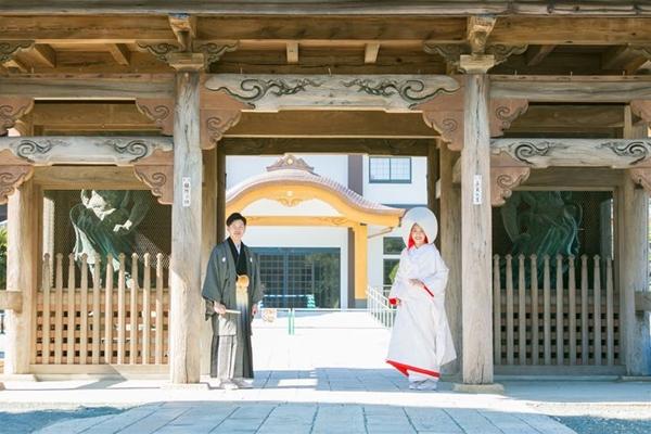 愛知県の豊川稲荷でも結婚式が挙げられることをご存知ですか?