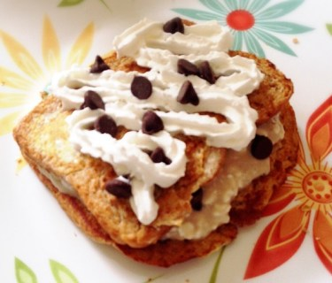 Chocolate Chip-Stuffed Cookies 'N' Creme French Toast | Farrah @ fairyburger