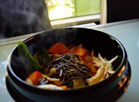 Thai Red Curry Black Bean Noodles | @Fairyburger