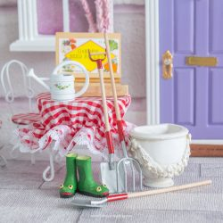 Fairy gardening accessory set