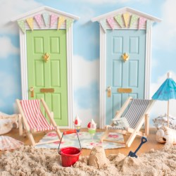 How to create a summer Fairy Door scene