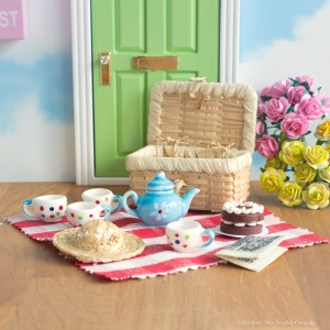 Tea sets and Fairy Food