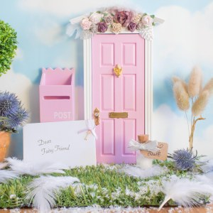 Winter pink Fairy Door uk