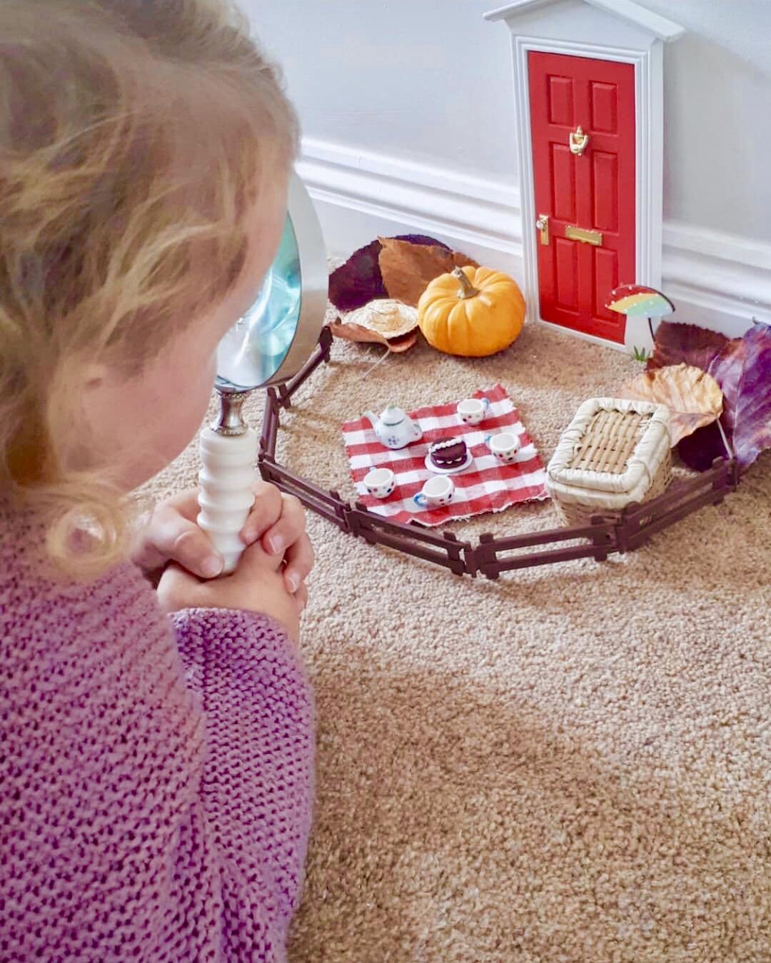 Eva investigates her new fairy door
