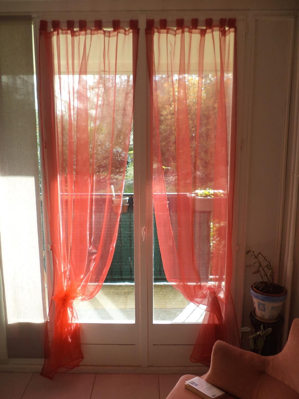 paire de voilages rouge en nylon