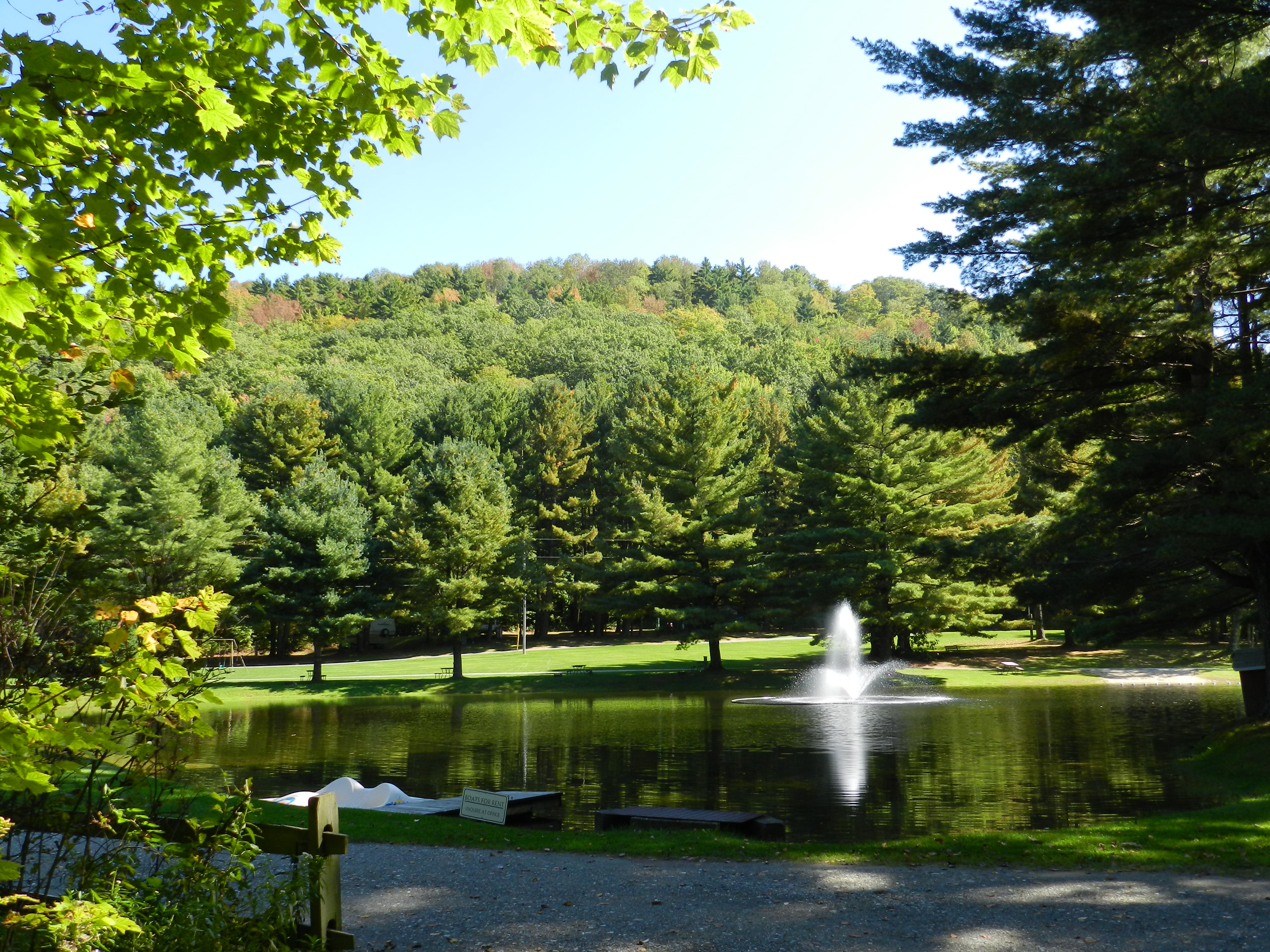 Big Rig Campgrounds in Pownal, Vermont