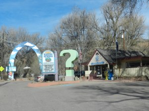 visitor center in manitou springs