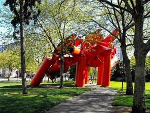 wa - momma's pics - statue park