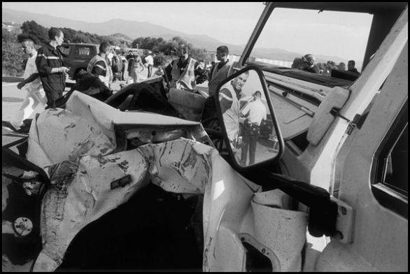 Ajaccio Aout 2004 16H34, en pleine ligne droite le 4X4 est venu percuter un camion , l'enquête determinera un suicide du conducteur du véhicule 4x4