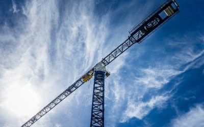 Are Tower Cranes Supposed To Spin Freely In The Wind?
