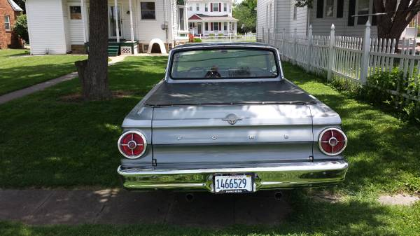 2 Ford Falcon Door Red 1968 V8